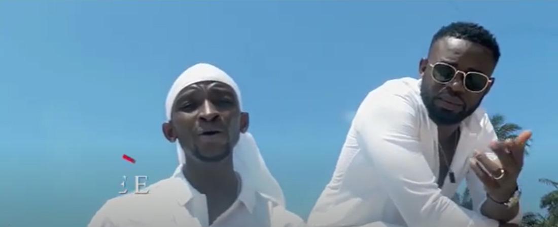 Clip : Idéal Foniké sensibilise dans le titre '' Oh ! LA Guinée''