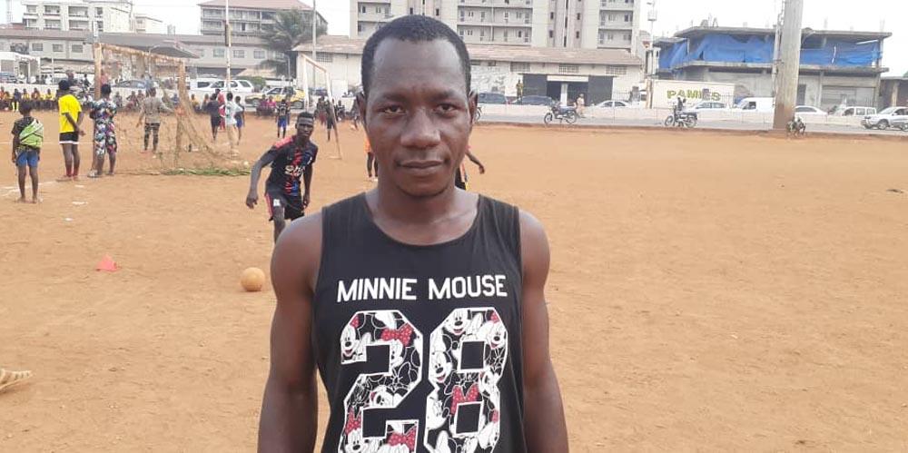 """FootballAmateur: Mohamed Lamine Dabo """"Mon but est de former, éduquer les enfants pour ne pas qu'ils soient des délinquants dans la vie…"""""""