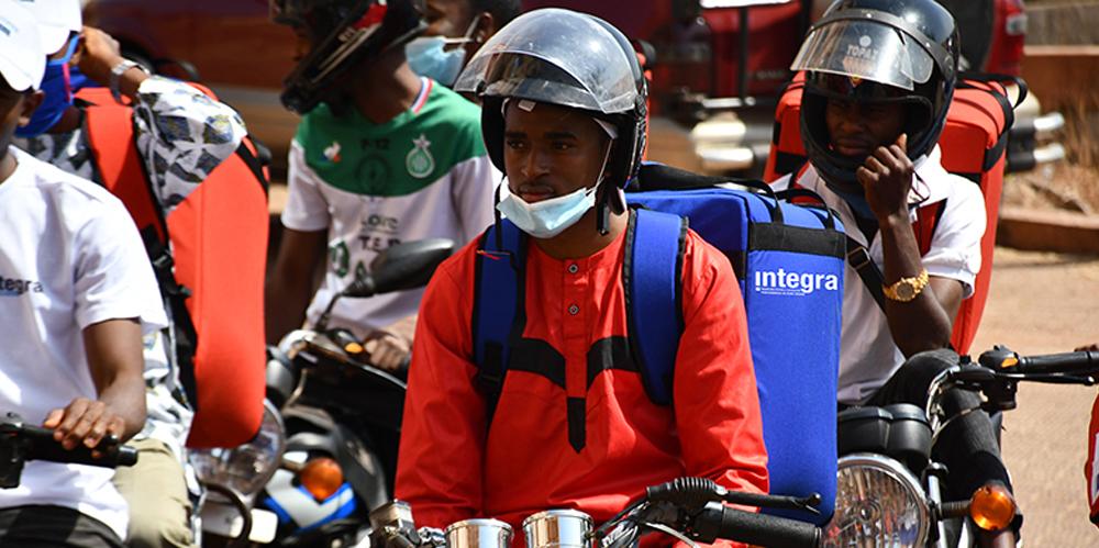 Le programme INTEGRA forme et équipe en « logistique urbaine » 80 jeunes acteurs dans les villes de Mamou et Faranah