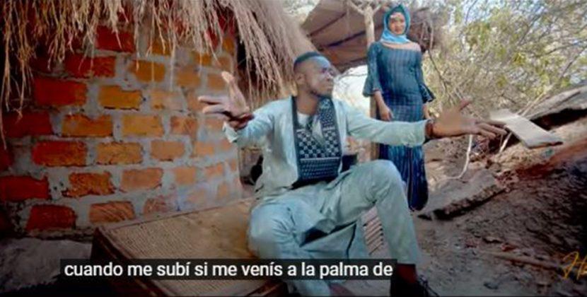 Musique | Mousto Camara dévoile le clip Midho Hidouma, qui immortalise Sekouba Fatako